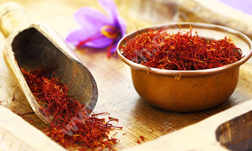 خواص زعفران - درمان ریزش مو